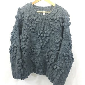 NWT • WISHLIST • grey popcorn sweater • M/L •